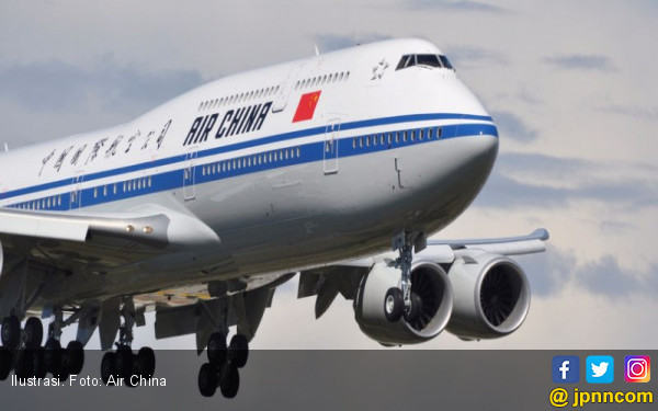 Bersenjatakan Pena, Pria Tiongkok Nekat Bajak Pesawat - JPNN.COM