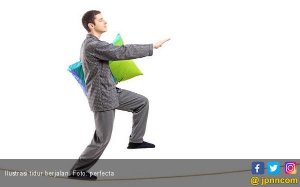 5 Cara Atasi Kebiasaan Tidur Berjalan - JPNN.COM