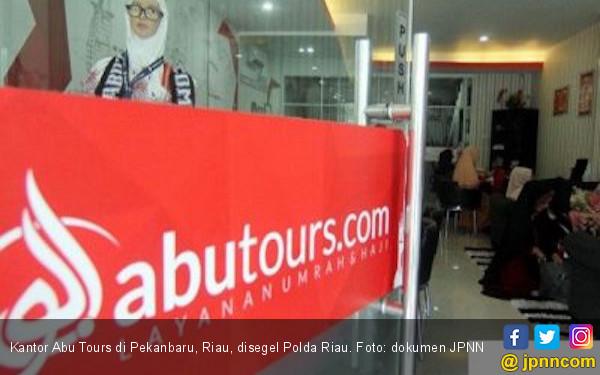 Polda Riau Segel Kantor Abu Tours di Pekanbaru - JPNN.COM