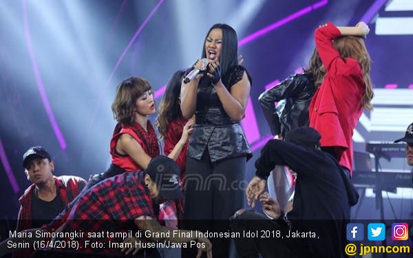 Pemenang Indonesian Idol 2018, Maria Simorangkir atau Abdul? - JPNN.com