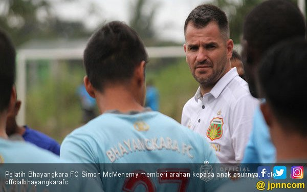 Bhayangkara FC Vs Mitra Kukar: Laga Emosional McMenemy - JPNN.COM