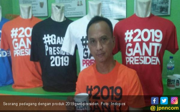 29 April Pakai Kaus #2019GantiPresiden - JPNN.com