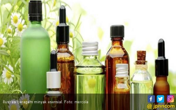 7 Minyak Esensial Ini Atasi Ketidaknyamanan saat Menopause - JPNN.COM