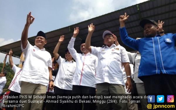Hadiri Kampanye Asyik, Sohibul PKS Suarakan Ganti Presiden - JPNN.com