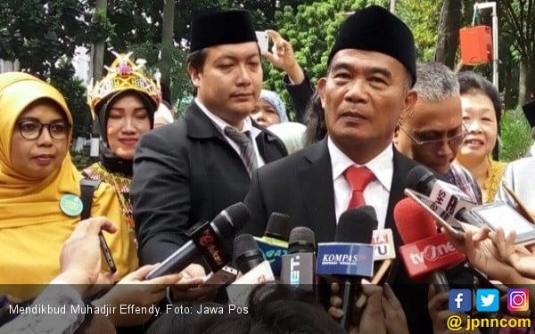 Ribuan Orang Hadiri Puncak Peringatan Hardiknas 2018 - JPNN.COM