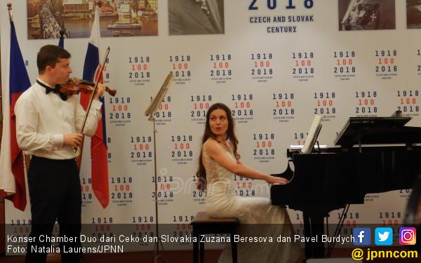 Dua Musisi Satukan Ceko dan Slovakia Lewat Musik Klasik  - JPNN.COM