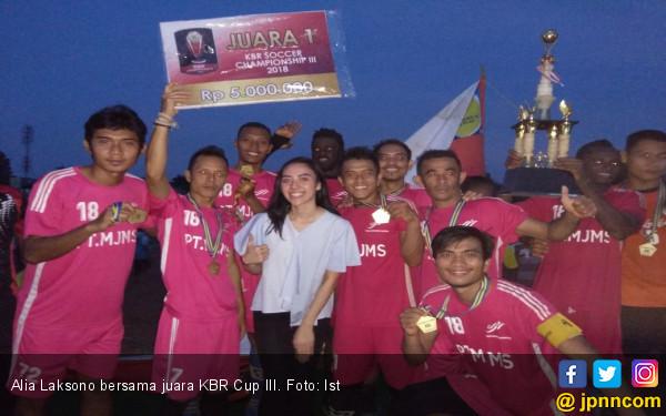 None Alia Bangga Anak Muda Jakarta Cinta Berkompetisi - JPNN.COM