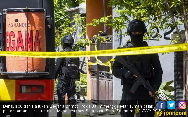 Penjual Air Galon Sempat Penasaran Sikap Terduga Teroris - JPNN.com
