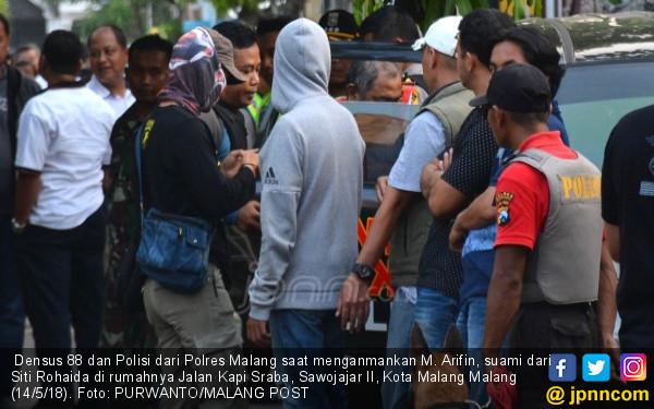 Rohaida Ditangkap Densus 88, Sahabat Menangis - JPNN.COM
