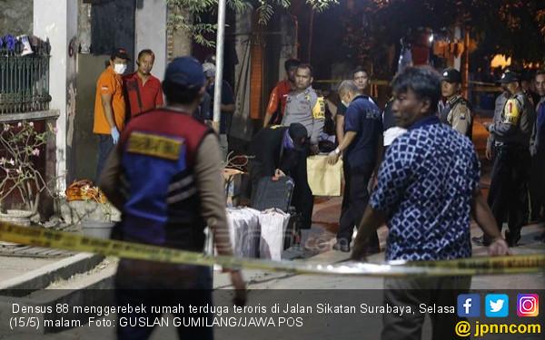 Teroris Ditembak Mati, Istrinya Seorang PNS Kemenag - JPNN.COM