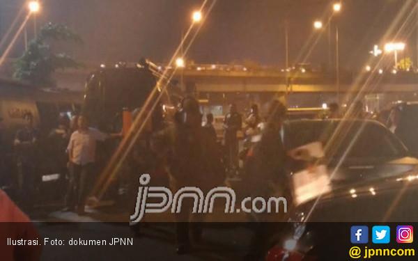 Bikin Geger, Benda Diduga Bom di Transmart Cuma Kotak Kosong - JPNN.COM