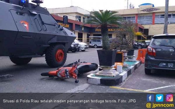 Waspada ! Satu Pelaku Penyerang Polda Riau Masih Berkeliaran - JPNN.COM