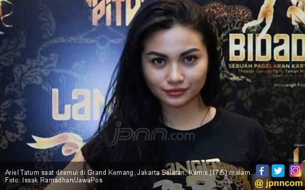 Ariel Tatum Kurangi Mengonsumsi Nasi Putih, Ini Alasannya - JPNN.com