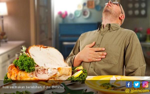 Ini Penyebab Anda Banyak Makan Saat Stres - JPNN.COM