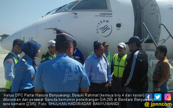 Detik-detik Anggota DPRD Mengaku Bawa Bom di Bandara - JPNN.COM