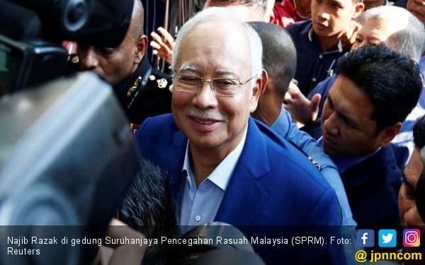 KPK Malaysia Akhirnya Tangkap Najib Razak - JPNN.COM