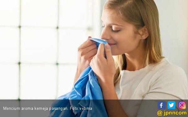 Aroma Tubuh Pasangan Bisa kurangi Stres, Ini Penjelasannya - JPNN.COM
