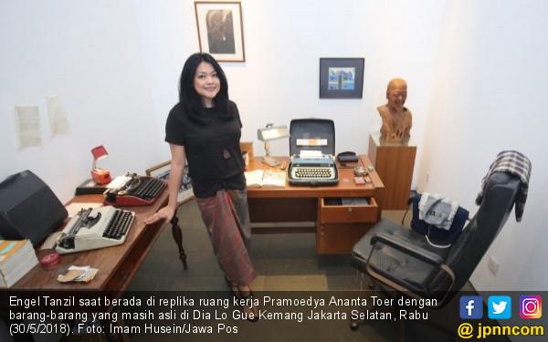 Seolah Melihat Langsung Pramoedya Ananta Toer Bekerja - JPNN.COM