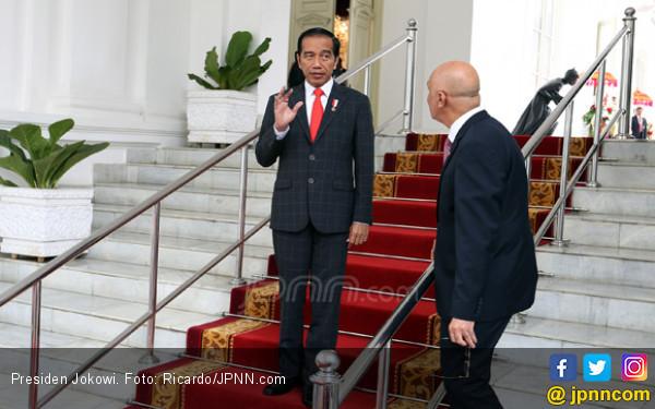 Jokowi Lebih Muda, Wajar Datangi Amien Rais - JPNN.COM