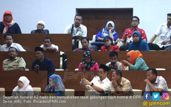 Revisi UU ASN Ngadat, Masalah Honorer K2 Sulit Tuntas 2018 - JPNN.com