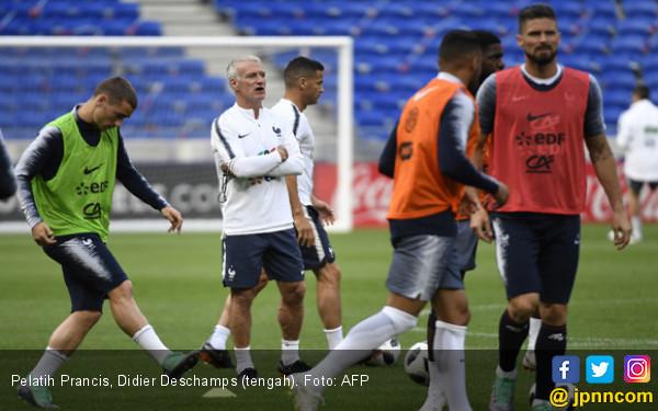 Piala Dunia 2018: Pelatih Prancis Bakal Masuk Buku Sejarah - JPNN.COM