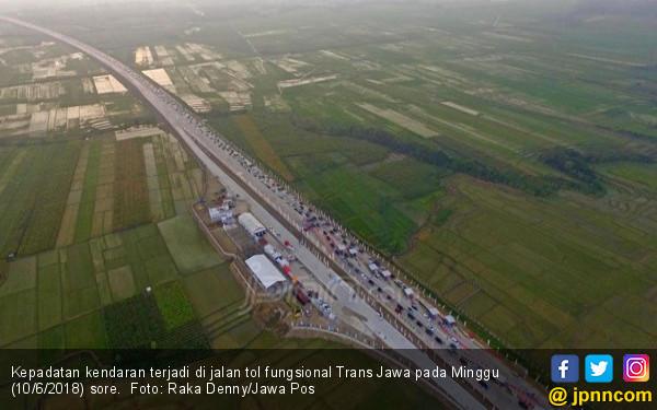 Melintas di 6 Ruas Tol Trans Jawa Mulai Dikenakan Tarif, Ada Diskon - JPNN.COM