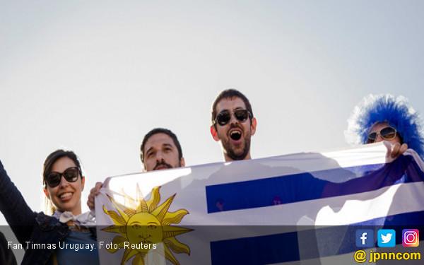 Fan Timnas Uruguay. Foto: Reuters