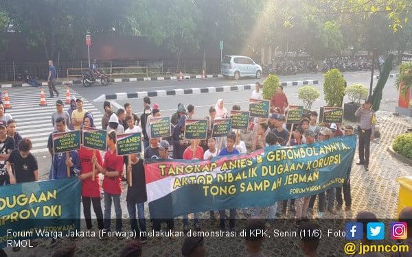 Forwaja Desak KPK Usut Bunga Palsu dan Tong Sampah Jerman - JPNN.COM