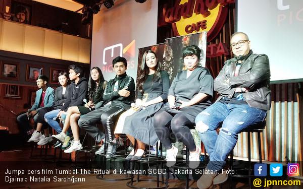 Tumbal - The Ritual Tampilkan Sosok Hantu di Siang Bolong - JPNN.COM