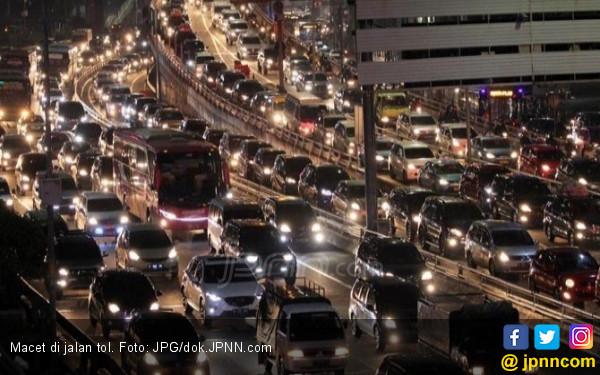 Ini Penjelasan Jasa Marga Terkait Kemacetan di Tol Japek - JPNN.COM