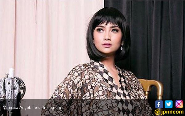 Sebelum Pergi ke Surabaya, Vanessa Angel Ribut dengan Pacar - JPNN.COM
