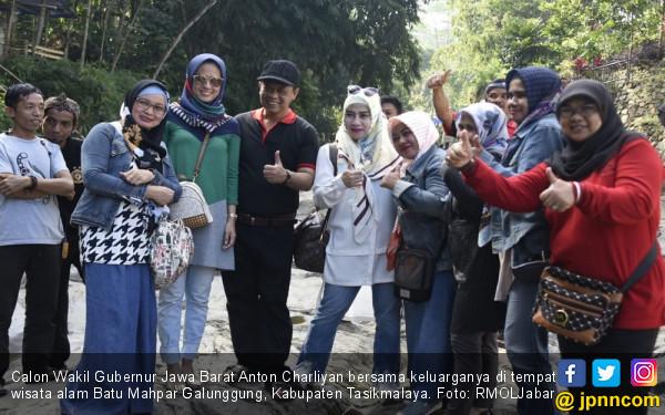 Ogah Pikirkan Pilkada, Kang Anton Ajak Keluarga Piknik - JPNN.com