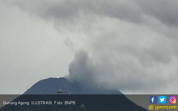 Gunung Agung Kembali Erupsi, Bali Tetap Aman - JPNN.com