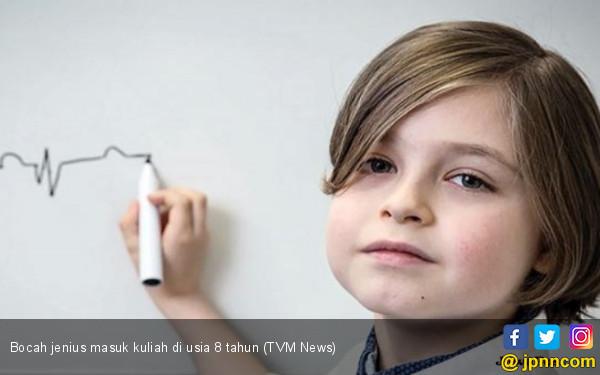 Keren, Anak Genius Ini Jadi Mahasiswa di Usia 8 Tahun - JPNN.COM