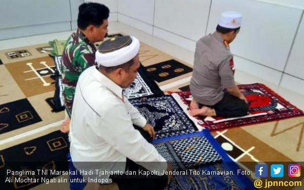 Agar Masyarakat Tahu Panglima TNI dan Kapolri Kompak - JPNN.COM