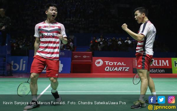 Ajaib! Lihat Backhand Kevin Sanjaya saat Lawan Ahsan/Hendra - JPNN.COM