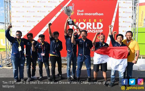 Mobil Buatan Mahasiswa ITS Surabaya Menangi Kontes Dunia - JPNN.COM