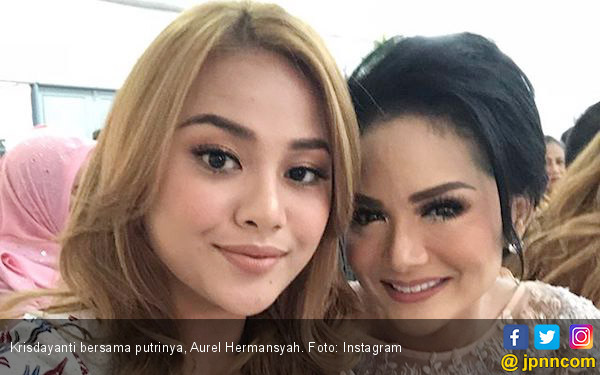 Komentari Unggahan Krisdayanti di Instagram, Aurel: WhatsApp Aku Enggak Dibalas-balas - JPNN.com