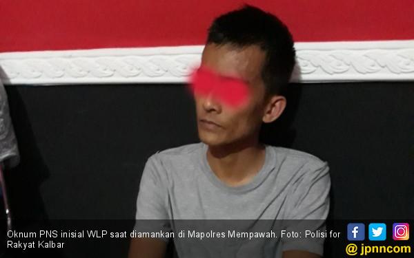 Oknum PNS Rutan Menjambret Polwan, Parah! - JPNN.COM