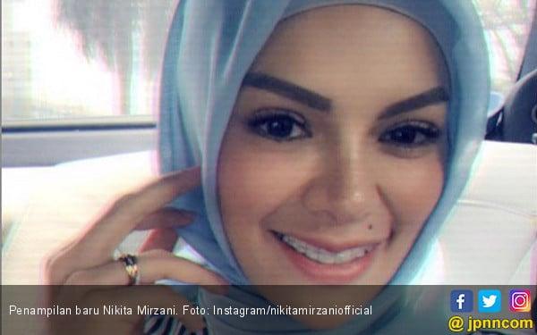 Nikita Mirzani Disuruh Suami Berhijab? - JPNN.COM
