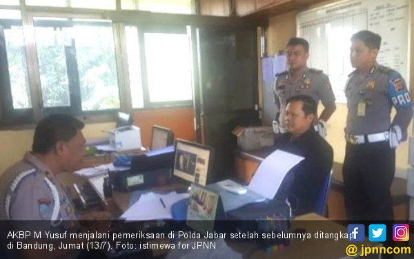 Perwira Polda Babel Penganiaya Ibu-ibu Dibekuk di Bandung - JPNN.COM