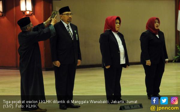 Menteri Siti Lantik Tiga Pejabat Pimpinan Tinggi Madya - JPNN.COM