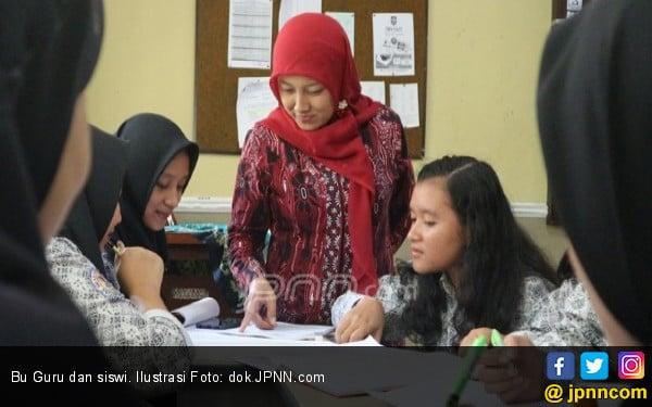 Guru Honorer NTB Dapat Tunjangan Khusus Rp 2 Juta per Bulan - JPNN.COM