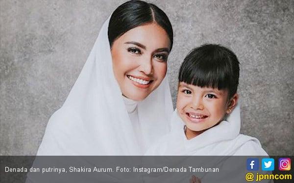 Ini Doa Putri Denada untuk Ayahnya di Hari Imlek - JPNN.com