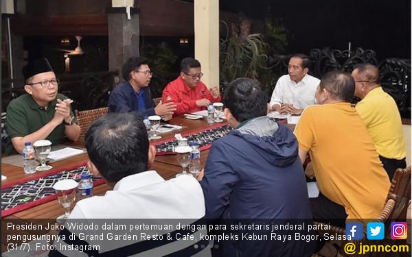 Jokowi Bagi-Bagi Jabatan ke 9 Sekjen Partai Pendukung - JPNN.COM
