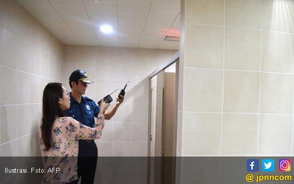 Wanita Korsel Diteror Kamera Pengintai di Toilet Umum - JPNN.COM