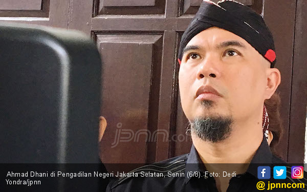Bebi Romeo Pesimistis Ahmad Dhani Sukses di Politik - JPNN.COM