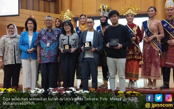 Tiga Selebritas Ini Pilih Kuliah di Universitas Terbuka - JPNN.COM