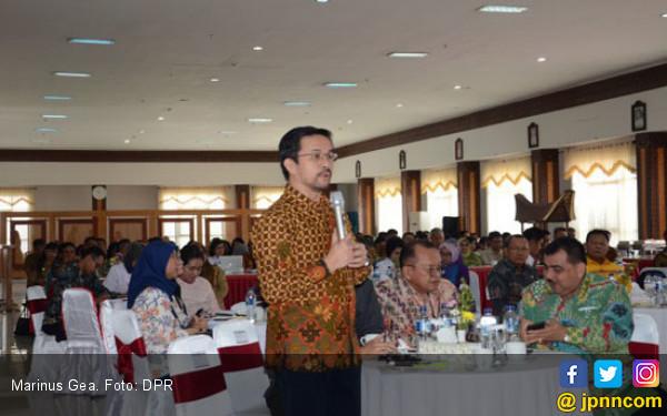 Marinus Dukung Penambahan Dokter Spesialis RSUD Lakipadada - JPNN.COM