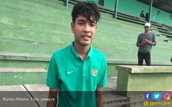 Timnas Lolos ke Final, Brylian Menangis Teringat Sang Ibu - JPNN.COM